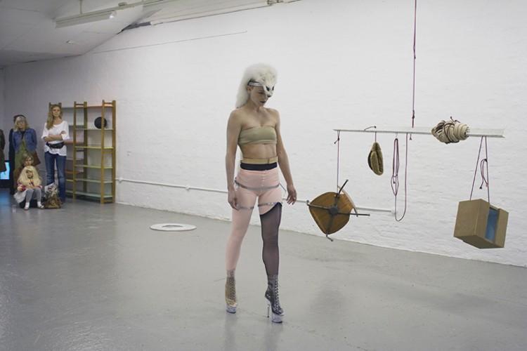 http://mikkelcarl.com/files/gimgs/th-16_031-Sophie-Dupont_01.jpg