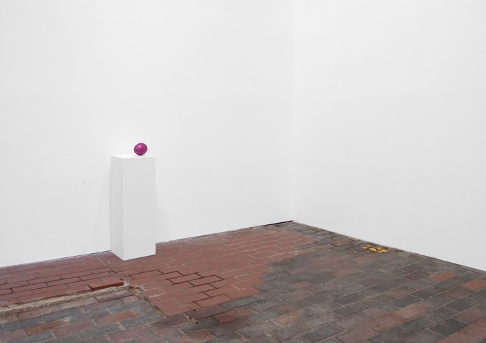 http://mikkelcarl.com/files/gimgs/th-28_018-Installation-view.jpg