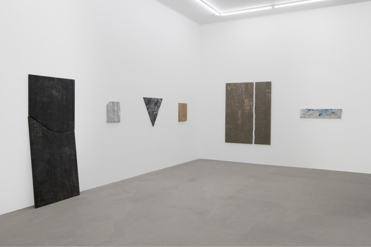 http://mikkelcarl.com/files/gimgs/th-89_002_Mikkel-Carl_Installation-view.jpg