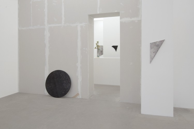 http://mikkelcarl.com/files/gimgs/th-89_023_Mikkel-Carl_Installation-view.jpg